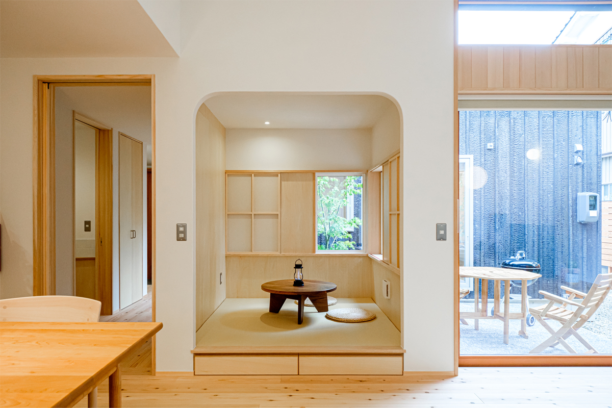 YAKISUGI-フラットハウス